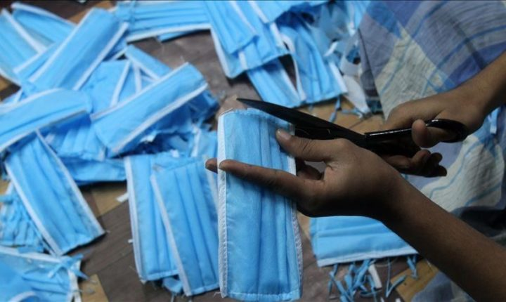 رجل أعمال صيني يرسل إمدادات طبية لإفريقيا