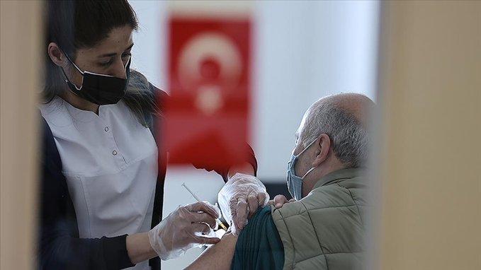 تركيا.. 10 ملايين شخص تلقوا جرعتين من لقاح كورونا