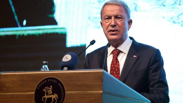 وزير الدفاع التركي: سعيُ اليونان إلى توسيع مجالها الجوي والمائي أحلام فارغة