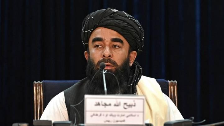 طالبان: سنشكل حكومة إسلامية قابلة للمساءلة ومن يحمل السلاح عدو للشعب