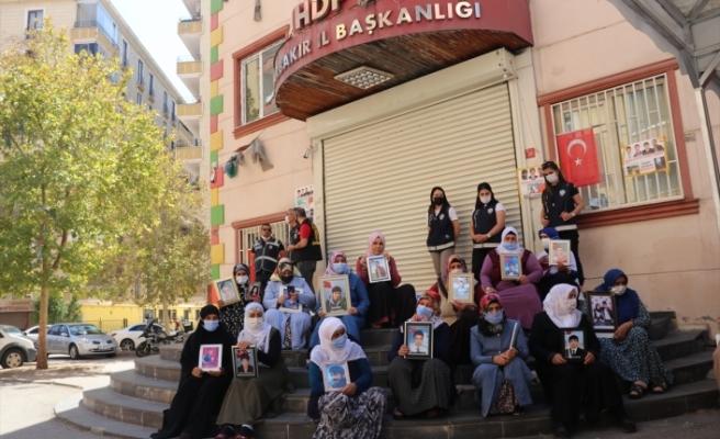 Dayikên Diyarbekirê dixwazin bigihîjin ewladên xwe